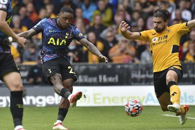Wolverhampton cae ante el Tottenham en la Liga Premier