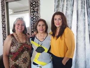 21082021 Paty, María Elena y José.