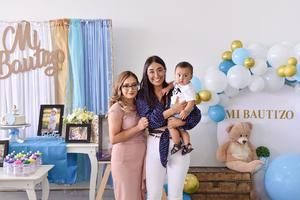 23082021 Bautizo de André Núñez Sánchez, acompañado de su mamá Yarelly Cuevas y y su amiga Gladys Moreno.