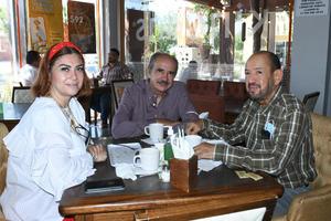 25082021 Karina Padilla, Francisco Gallegos y Salvador.