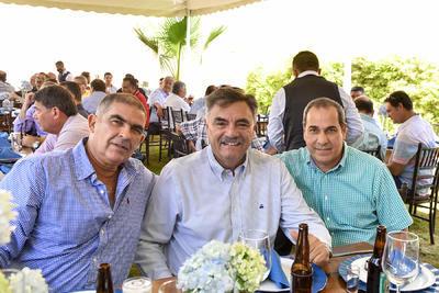Enrique, Jesús y Gilberto.