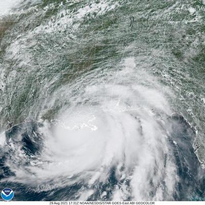 Huracán 'Ida' impacta en Luisiana como categoría 4 y con vientos de 240 km/h