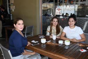 01092021 Dora Rodríguez Díaz, Jessica Huerta Jiménez y Denia Berenice Ramírez.