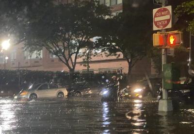 En la ciudad de Nueva York, que está en situación de emergencia, se han producido siete de los fallecidos, según la policía neoyorquina, mientras en el cercano estado de Nueva Jersey ha muerto una más, según el alcalde de la ciudad de Passaic, Héctor Lora.