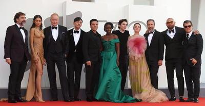 Zendaya y Kristen Stewart son las protagonistas del Festival de Venecia con 'espectacular look'