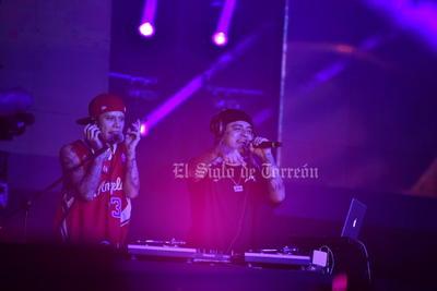 Santa Fe Klan da gran concierto en el inicio de la Feria de Torreón