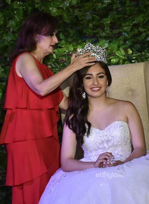 04092021 Paulina Necochea es coronada como la Reina del Club Rotario.