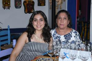 06092021  Marcela y Mari Candelas.