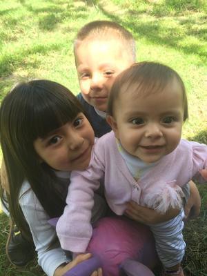 05092021 Priscila, Christopher e Isabel.
