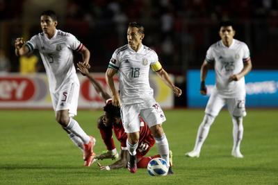 Con gol de 'Tecatito', México rescata el empate ante Panamá