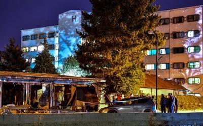 El incendio se produjo el miércoles por la noche en la ciudad occidental de Tetovo, donde se instaló un hospital tras el repunte reciente de casos de coronavirus en la región.