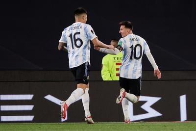 Con triplete de Messi, Argentina venció a Bolivia en las eliminatorias mundialistas