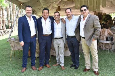 Guillermo, José Luis, Héctor, Adolfo y Jesús