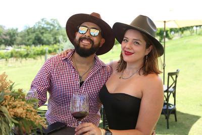 César Moreno y Karla Nieto