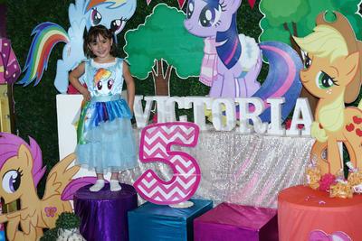 Victoria de la Torre Trasfi se inundó del mundo de 'My little pony'