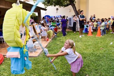 Una enorme piñata y pinturas sacaron a los mejores artistas de la noche