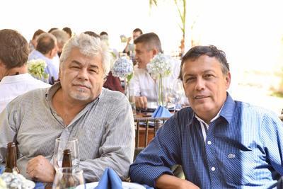 Juan y Johnny