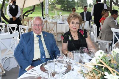 Francisco Ovejero y Mary Paz Calero