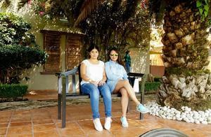 10092021 DE PASEO.  Joselyn y Fabiola.