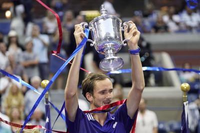 Medvedev, campeón del US Open; Djokovic no pudo hacer historia