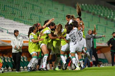 Lluvia de goles en cardíaco partido de las Guerreras ante Chivas