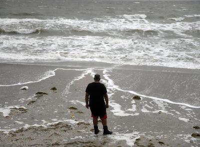 Tormenta tropical 'Nicholas' se mueve con dirección hacia Texas; tocará tierra hoy