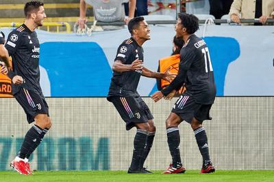 Paulo Dybala y Álvaro Morata reactivan al Juventus tras triunfar ante el Malmö
