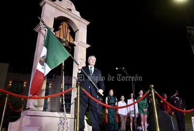 Jorge Zermeño celebra su último Grito de Independencia como alcalde de Torreón