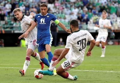 Betis inicia su camino en la fase de grupos de la Europa League con sufrida victoria ante el Celtic FC