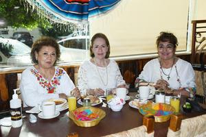 17092021 Silvia, Lupita y Flor.