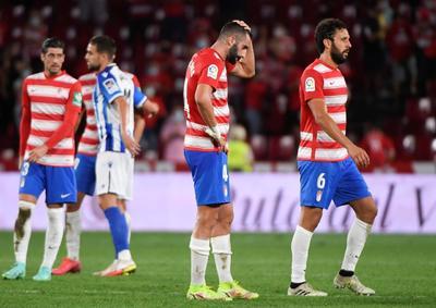 Real Sociedad logra remontar ante un frágil Granada