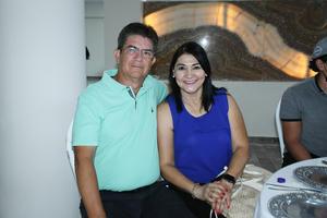 25092021 Jesús y Mari en el Torneo de Golf del Campestre Gómez Palacio.
