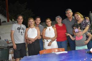 26092021 EN REUNIóN.  Paco Amozurrutia, Frida Martínez, Eddy Lugo, Ale Zurita, Vero Aguilar, Paco Saucedo, Kovis de la Cruz y su nieta.