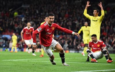 Cristiano Ronaldo aparece y le da victoria épica al Manchester United ante el Villarreal