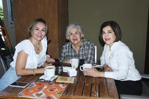 01102021 Ana Isabel, Elida y Elida.