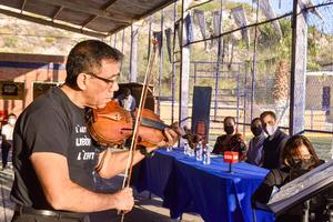 04102021 ENCABEZADO.  El autor Miguel Ángel García Rodríguez se presentó en el evento.