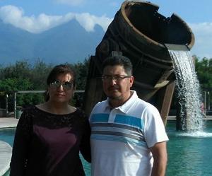 03102021 PASEO POR TIERRAS REGIOMONTANAS.  Maricela y Luis.