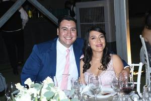 08102021 NOCHE DE BODA.  Ángel Dávila e Isabel Moreno.