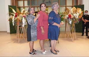 09102021 Anfitrionas: su mamá Soledad Sifuentes Ramírez y su suegra María Elena Chávez Alvarado.