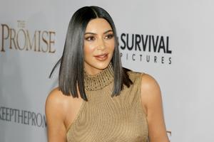 11102021 SúPER LISO.  Un estilo que es muy popular en la familia Kardashian-Jenner.