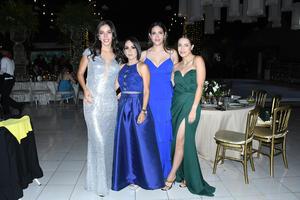 12102021 Daniela, Martha, Ana Luisa y Cristina.