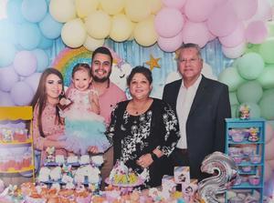 14102021 DOBLE FESTEJO.   Isabella Palacios Saldívar celebra su cumpleaños y bautizo.