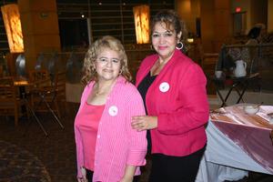 15102021 ENTRE AMIGAS.  América Soto y Telma Rodríguez.