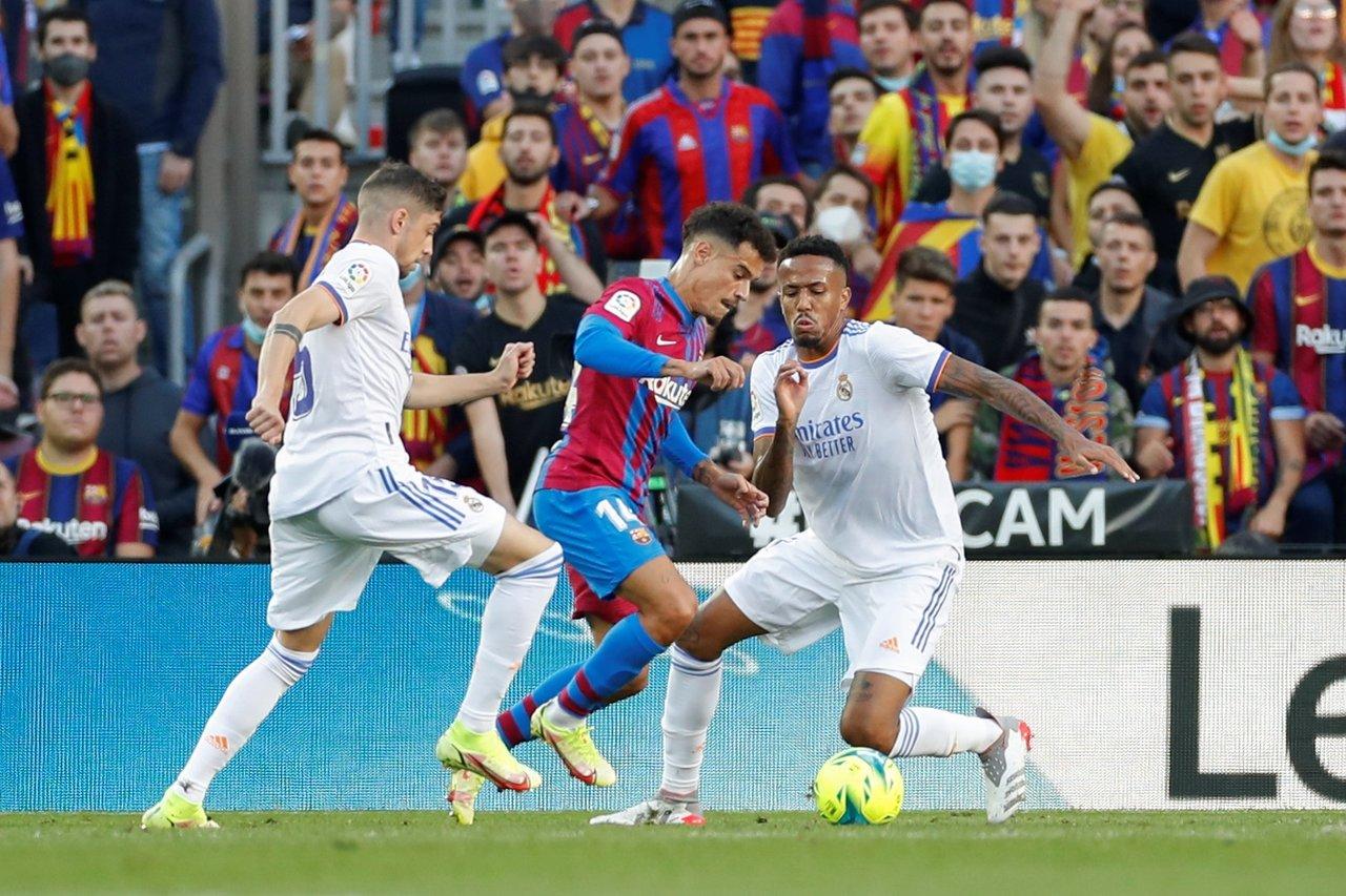 Real Madrid se lleva el clásico español ante el Barcelona en el Camp Nou