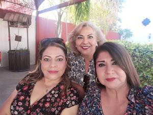 25102021 Marisa, Rosy y Ana Laura.