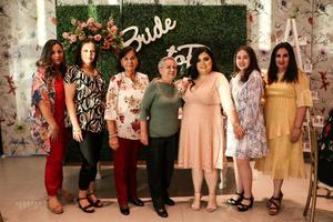 23102021 Jackeline Dipp, Leila Dipp, Jackeline Armendariz, Yolanda Dipp, Carla Uribe, Daniela Uribe y Jesú Romo.