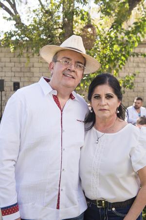 25102021 Carlos y Marcela.