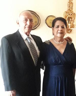 24102021 CELEBRAN 47 AñOS DE MATRIMONIO.  Ing. Trinidad Villarreal Garza y Laurencia Alday de Villarreal.