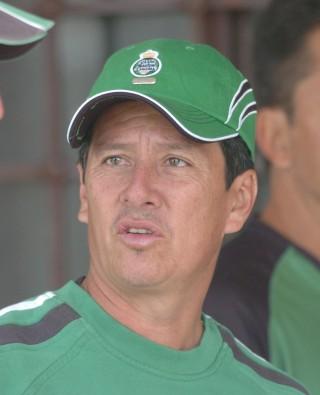 Jaime León, satisfecho por salvar al Santos de Primera A