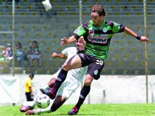 Continúa Jaime León en Primera A